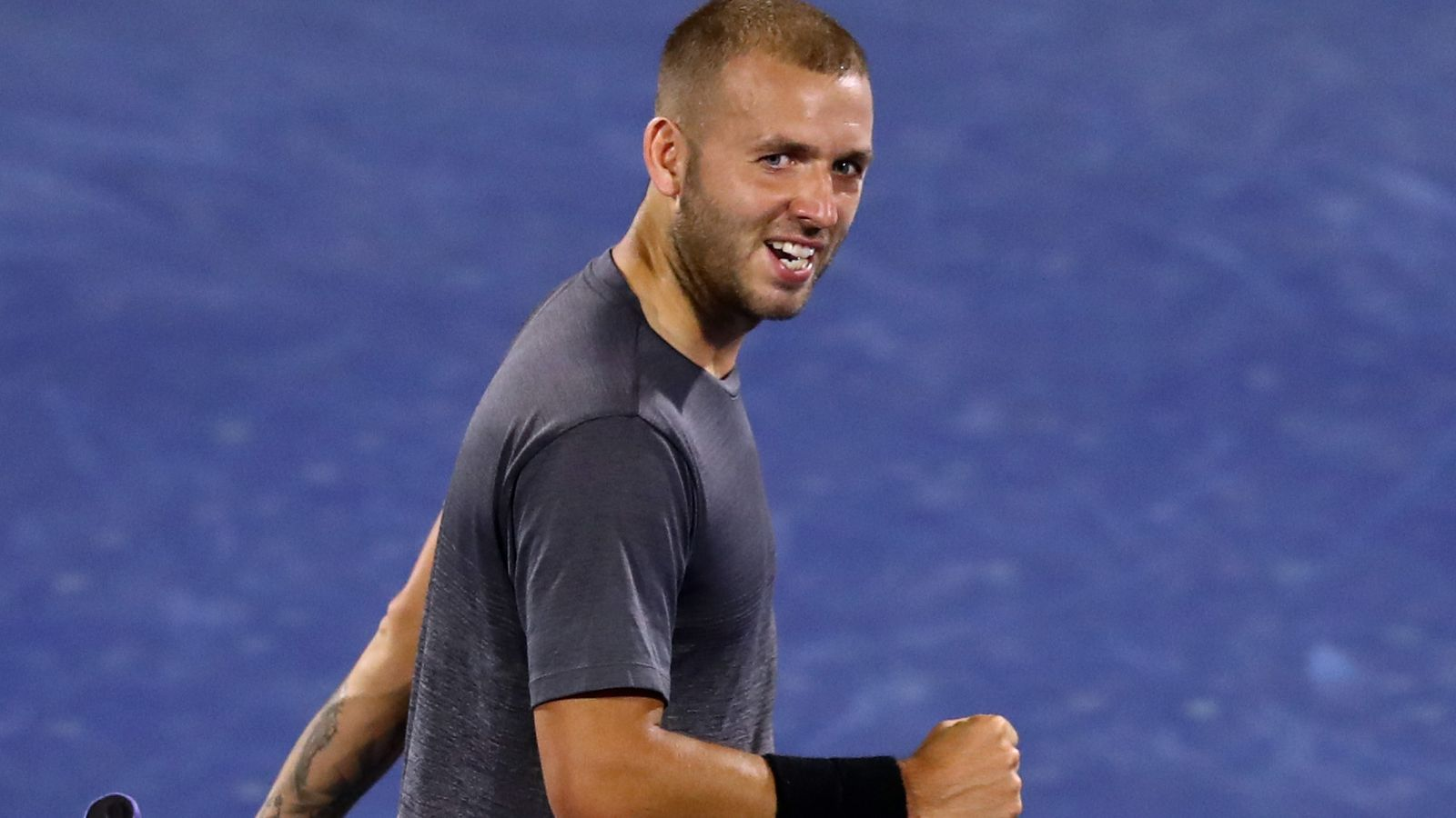 Dan Evans beats Fabio Fognini at the Dubai Duty Free Tennis Championships