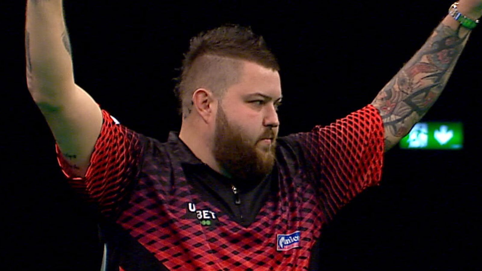 Michael Smith lands nine-dart finish in Premier League in Dublin