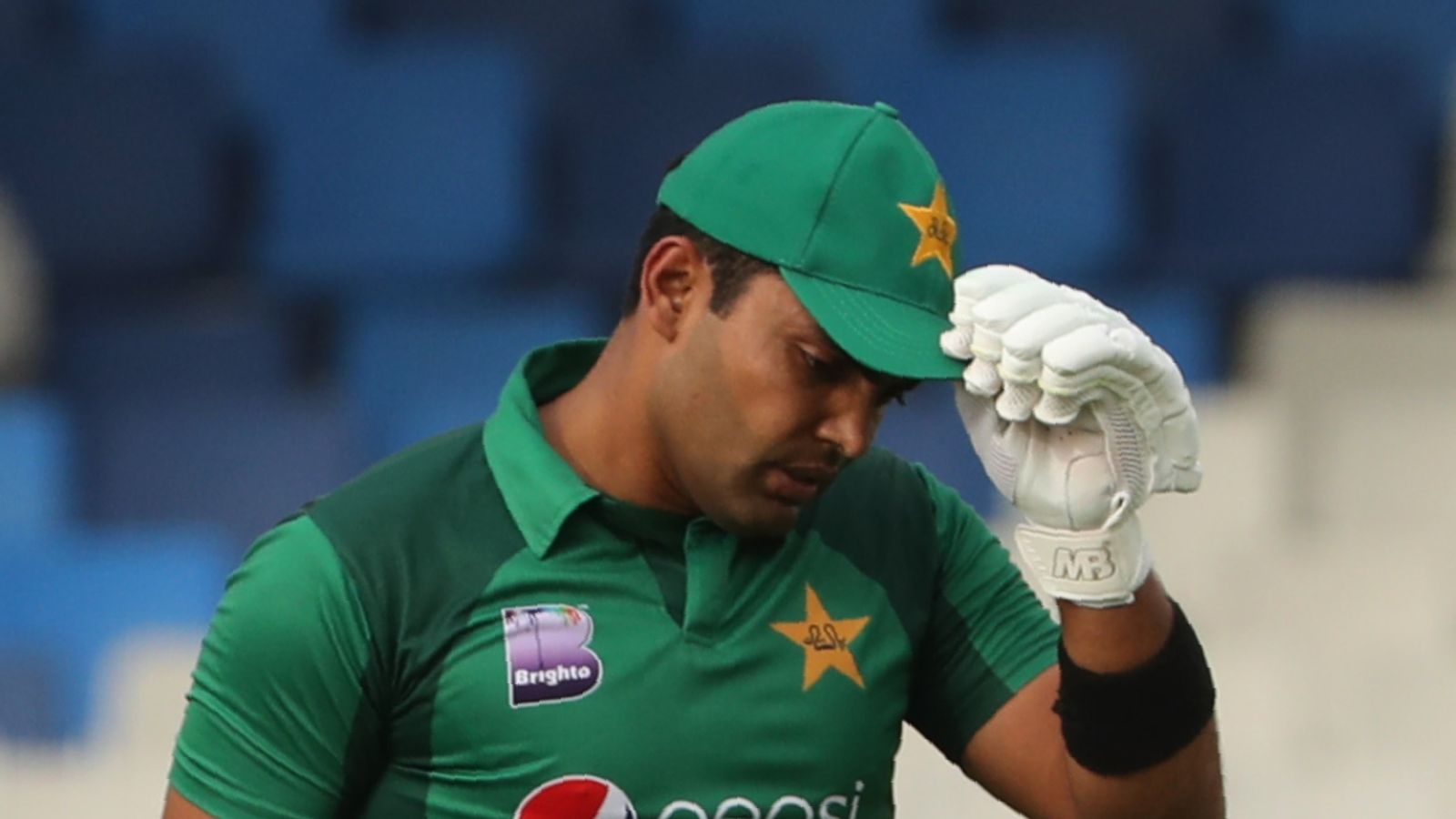 Umar Akmal: Pakistan Cricket Board suspend batsman under anti-corruption code