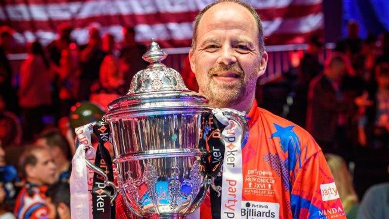 Jeremy Jones holds the Mosconi Cup (picture courtesy of JP Parmentier/Matchroom Multi Sport)