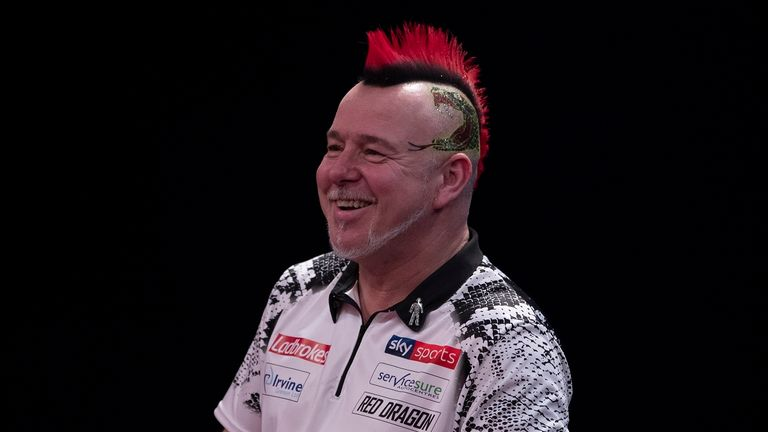 Wright joined his Premier League colleagues Rob Cross, Gary Anderson, Nathan Aspinall and Glen Durrant in the last 32