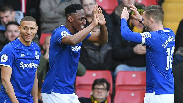 Yerry Mina celebrates with Gylfi Sigurdsson - can Everton maintain their push?