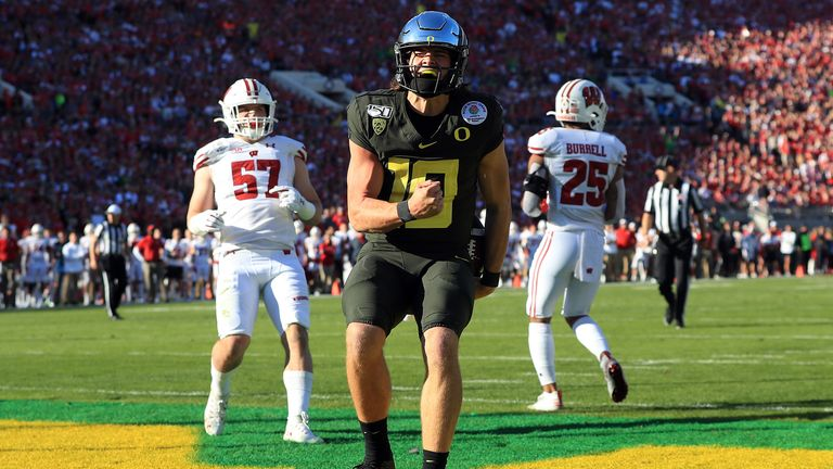 Could the Patriots plot a move up for a rookie quarterback like Justin Herbert?