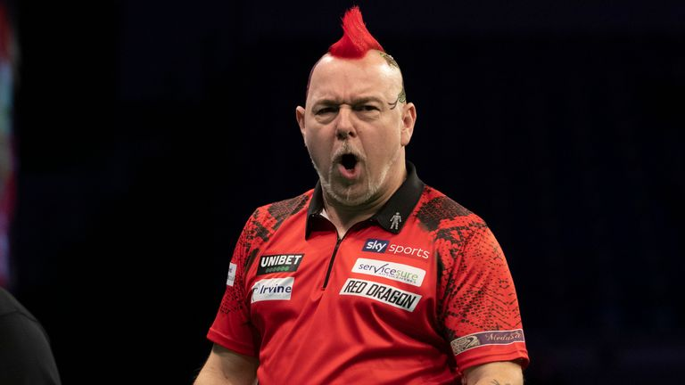 Peter Wright averaged over a ton in beating Michael Smith