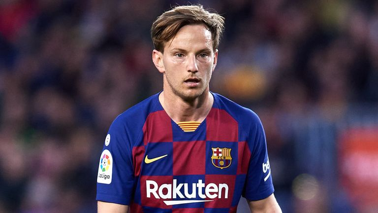 Ivan Rakitic to decide on Barcelona future in the summer