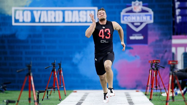 Willekes ran an official 4.87 in the 40-yard dash at the combine