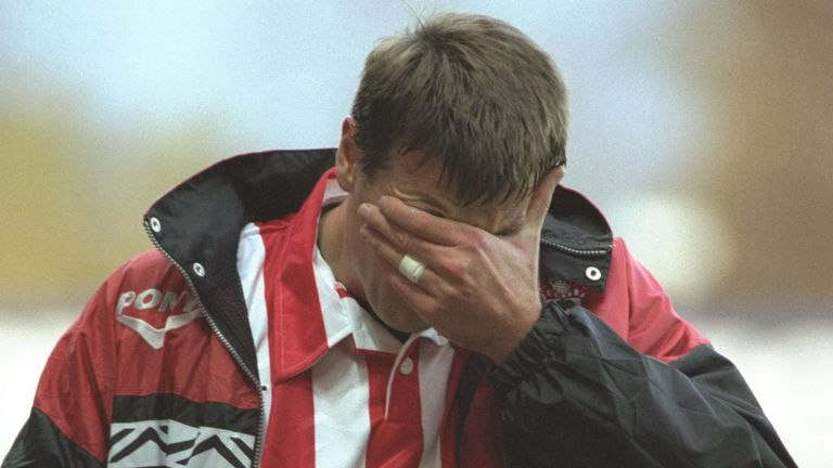 Matt Le Tissier trudges off after the 2-0 defeat to Leeds in November 1996