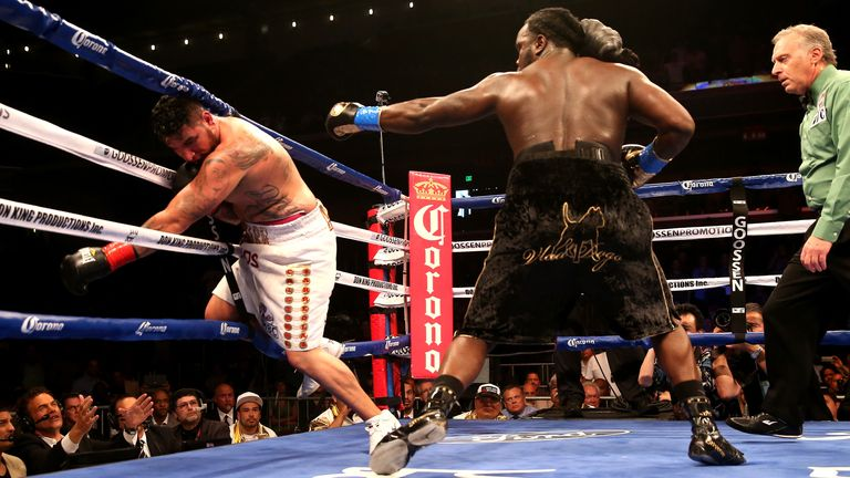 Stiverne (right) KO'd Arreola in six rounds