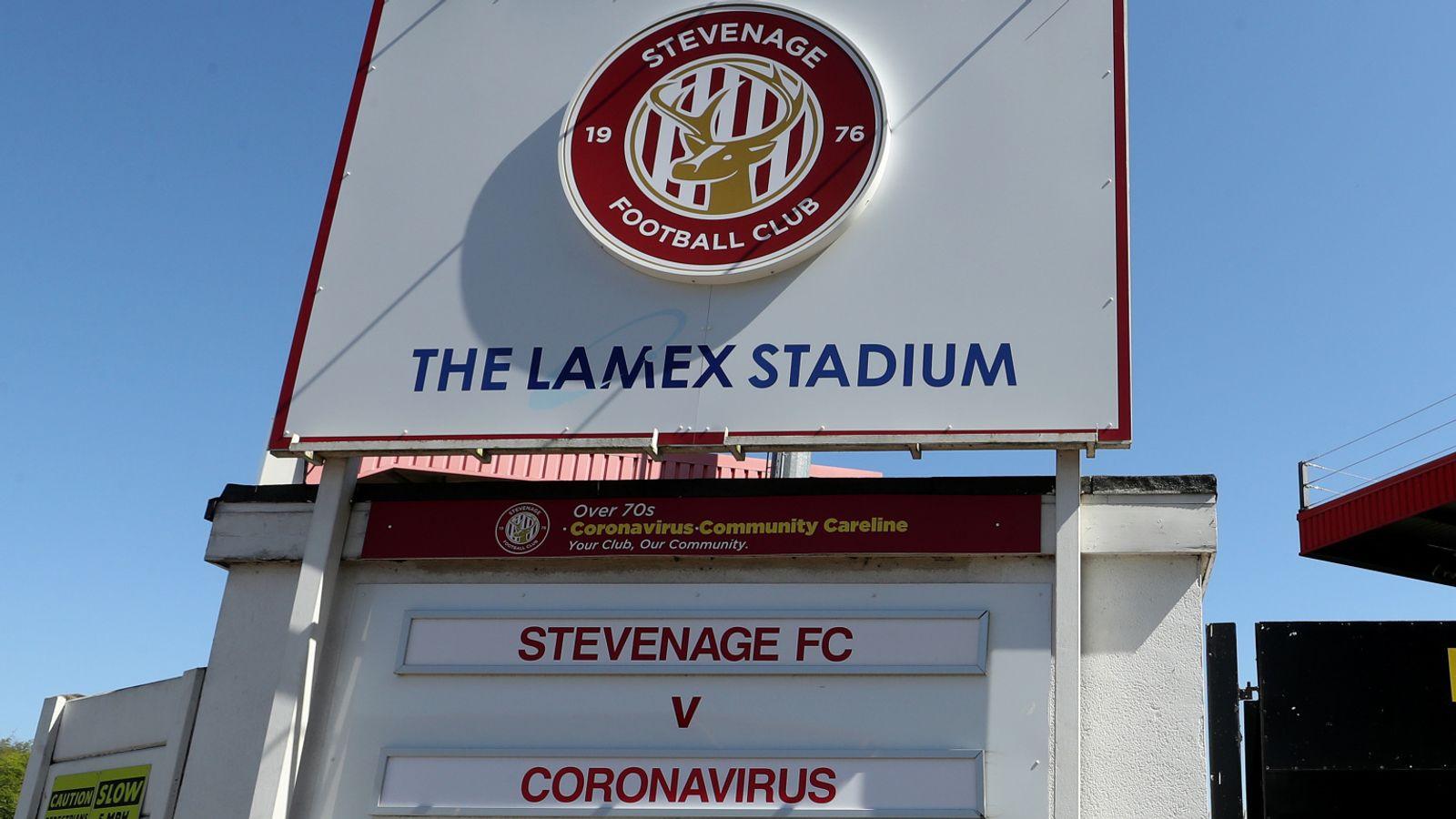 El presidente de Stevenage, Phil Wallace, dice que el descenso de la Liga Dos sería injustificado | Noticias de futbol 3