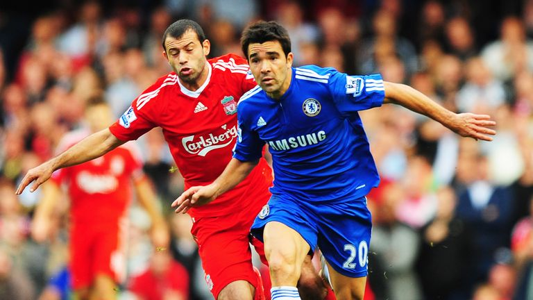 Deco in action for Chelsea