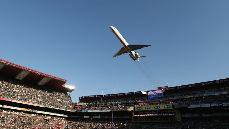 Reminiscent of the 1995 World Cup final, a low-flying plane flew over Ellis Park pre-kick off in 2013
