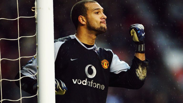 Tim Howard joined Man Utd in 2003 and left for Everton three years later, initially on loan