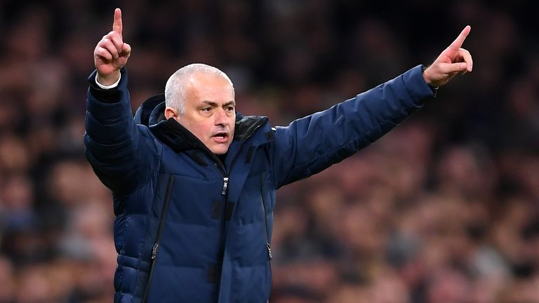 Jose Mourinho welcomes former club Manchester United to Tottenham