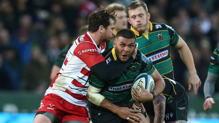 Lewis Ludlam is tackled by Danny Cipriani during Northampton vs Gloucester