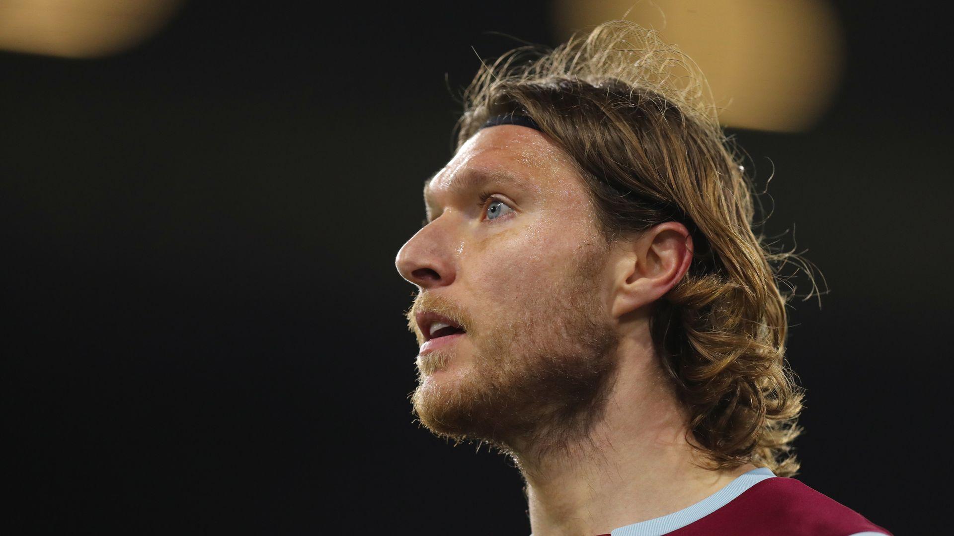 Hendrick set for Burnley exit amid Milan interest