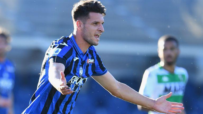 Berat Djimsiti celebrates his goal for Atalanta