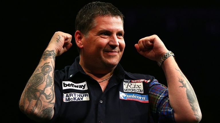 Gary Anderson overcame WiFi issues to take part in the competition