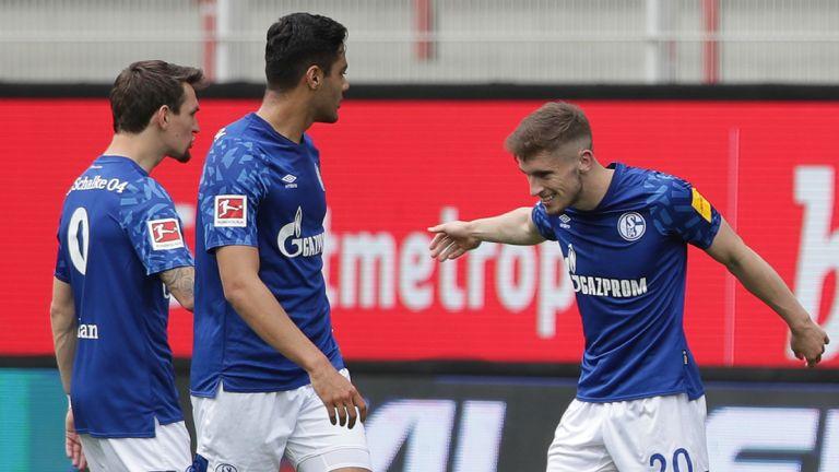 Everton loanee Jonjoe Kenny (R) earned David Wagner's beleaguered Schalke a point at Union Berlin