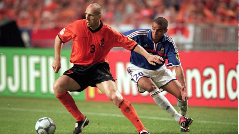 Stam holding off David Trezeguet in the group match vs France