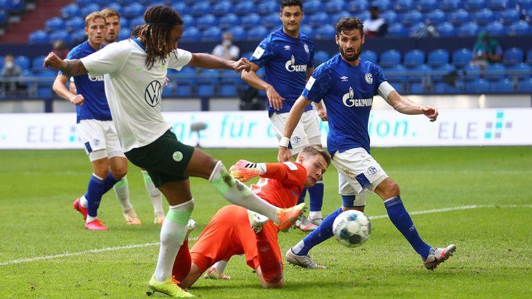 Kevin Mbabu was on target for Wolfsburg against Schalke
