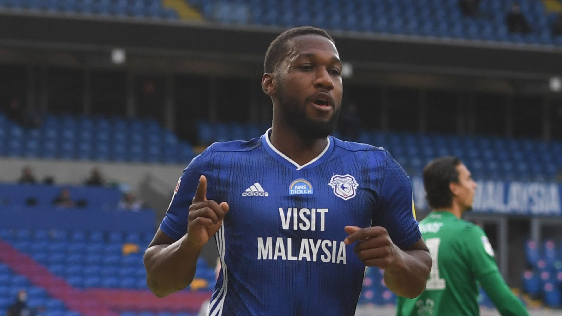 Champ highlights, round-up: Cardiff close on play-offs
