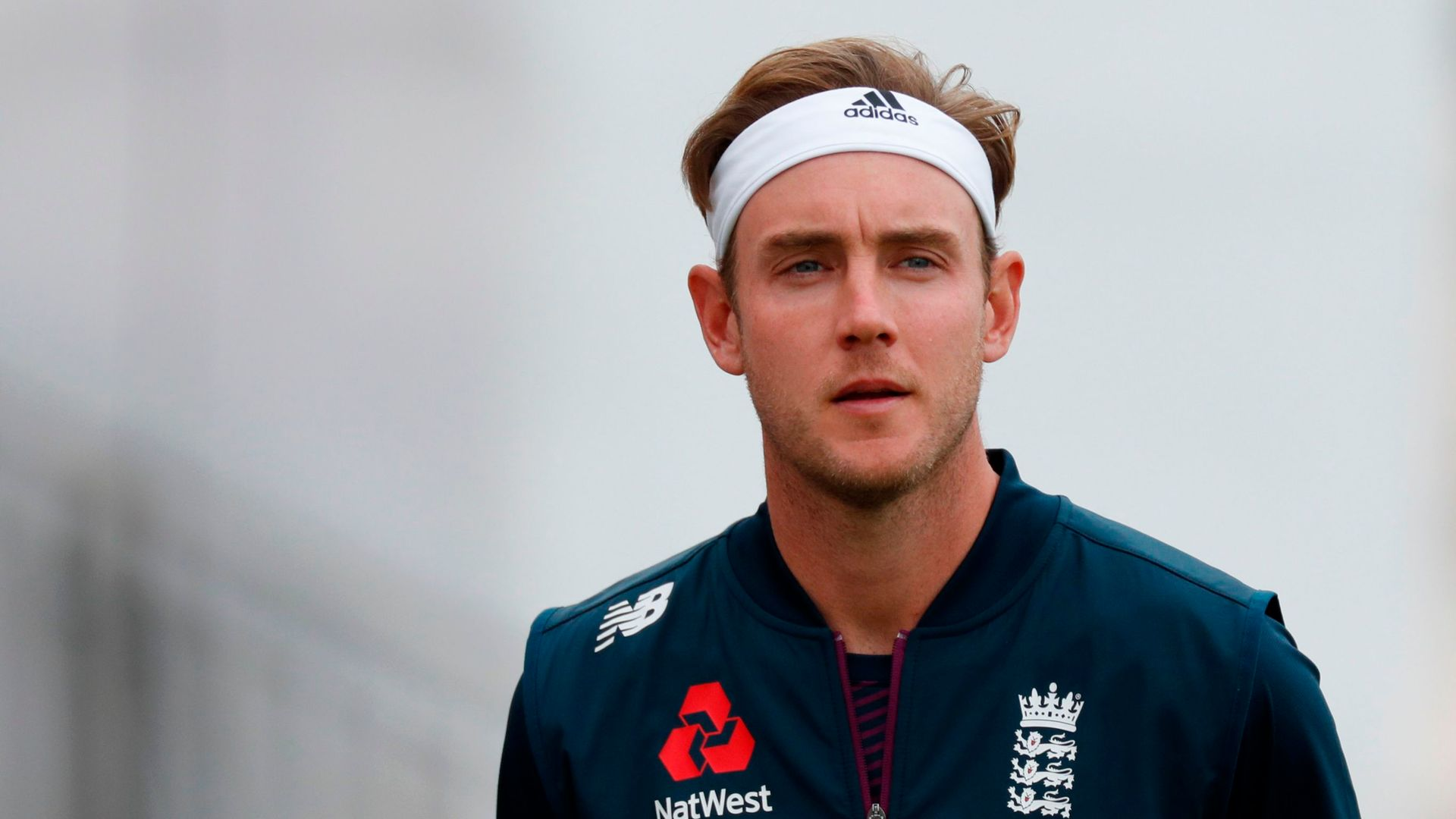 Stokes: Broad