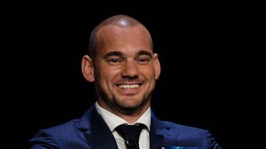 Sneijder considering comeback