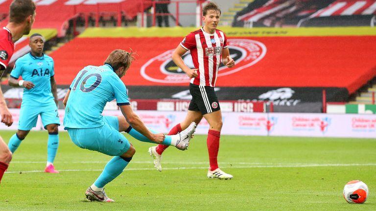 With Moura still on the ground, Kane shot underneath Henderson