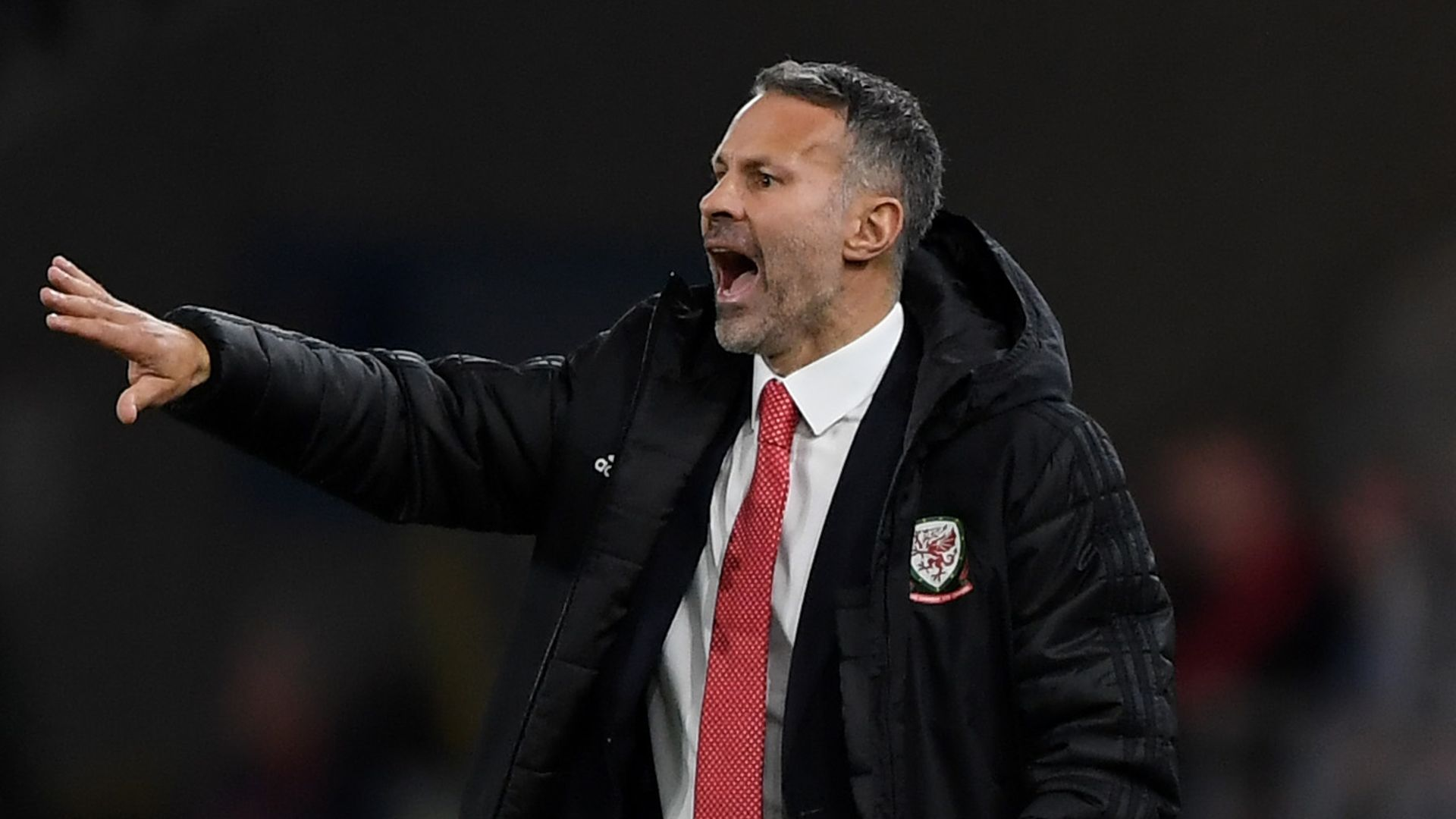 Giggs aims to strike balance with club managers
