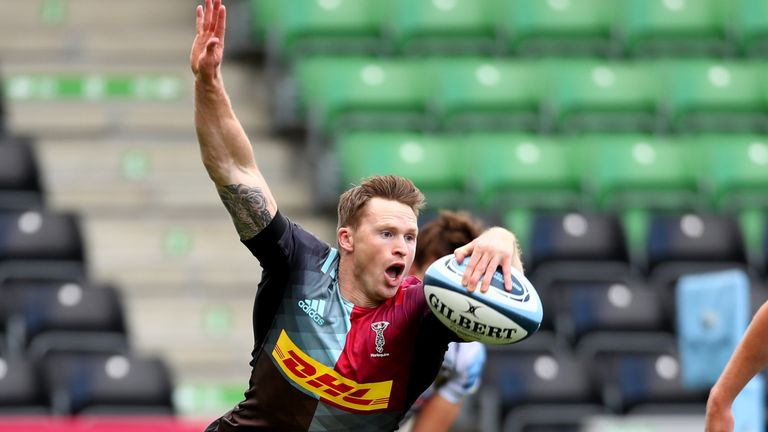 Chris Ashton was among the tryscorers as Harlequins inflicted a costly defeat on Northampton