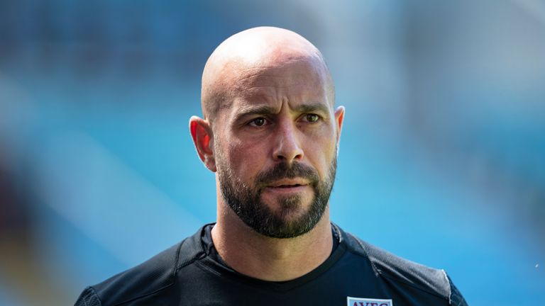 Pepe Reina has joined Lazio from Serie A rivals AC Milan