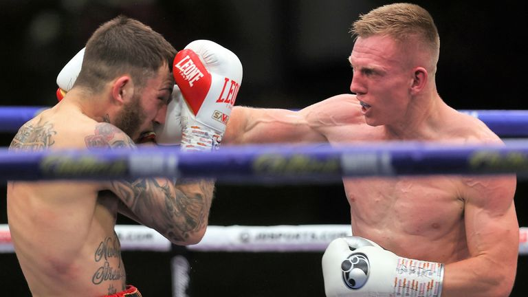 Cheeseman hurt Eggington with a right hand in the second round