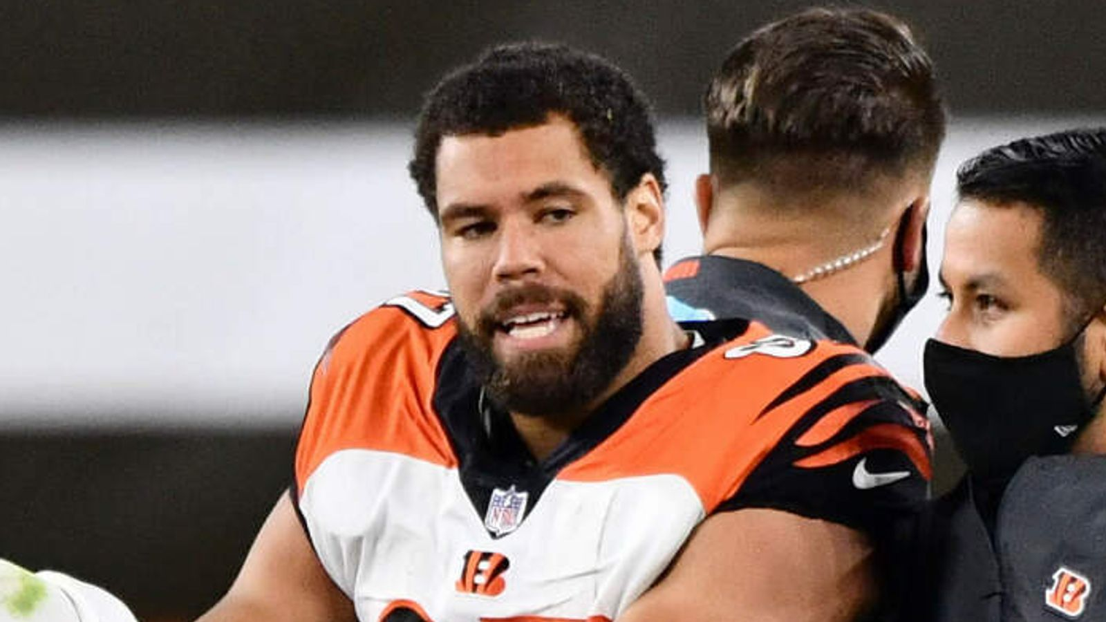 Cincinnati Bengals tight end CJ Uzomah to miss rest of the season ...