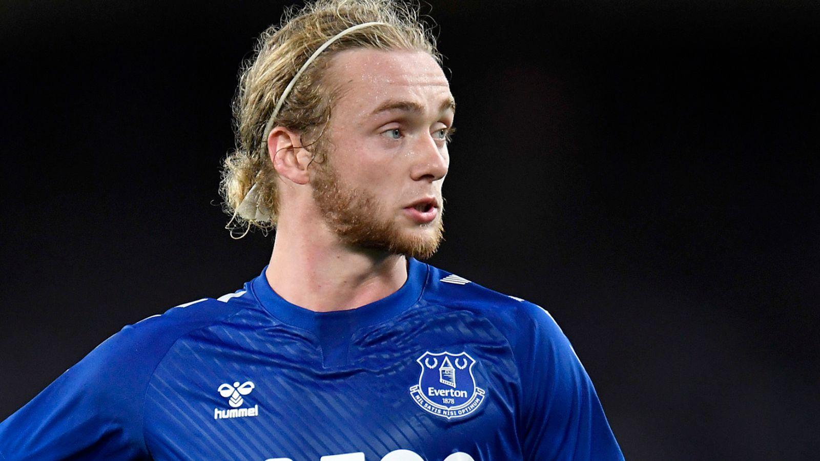 Tom Davies: Southampton interested in Everton midfielder