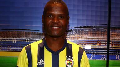 Samatta joins Fenerbahce from Villa