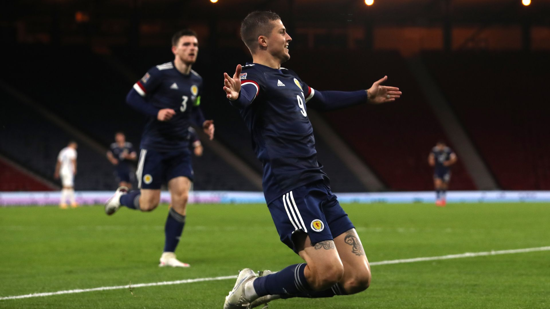 Dykes delivers as Scotland see off Slovakia