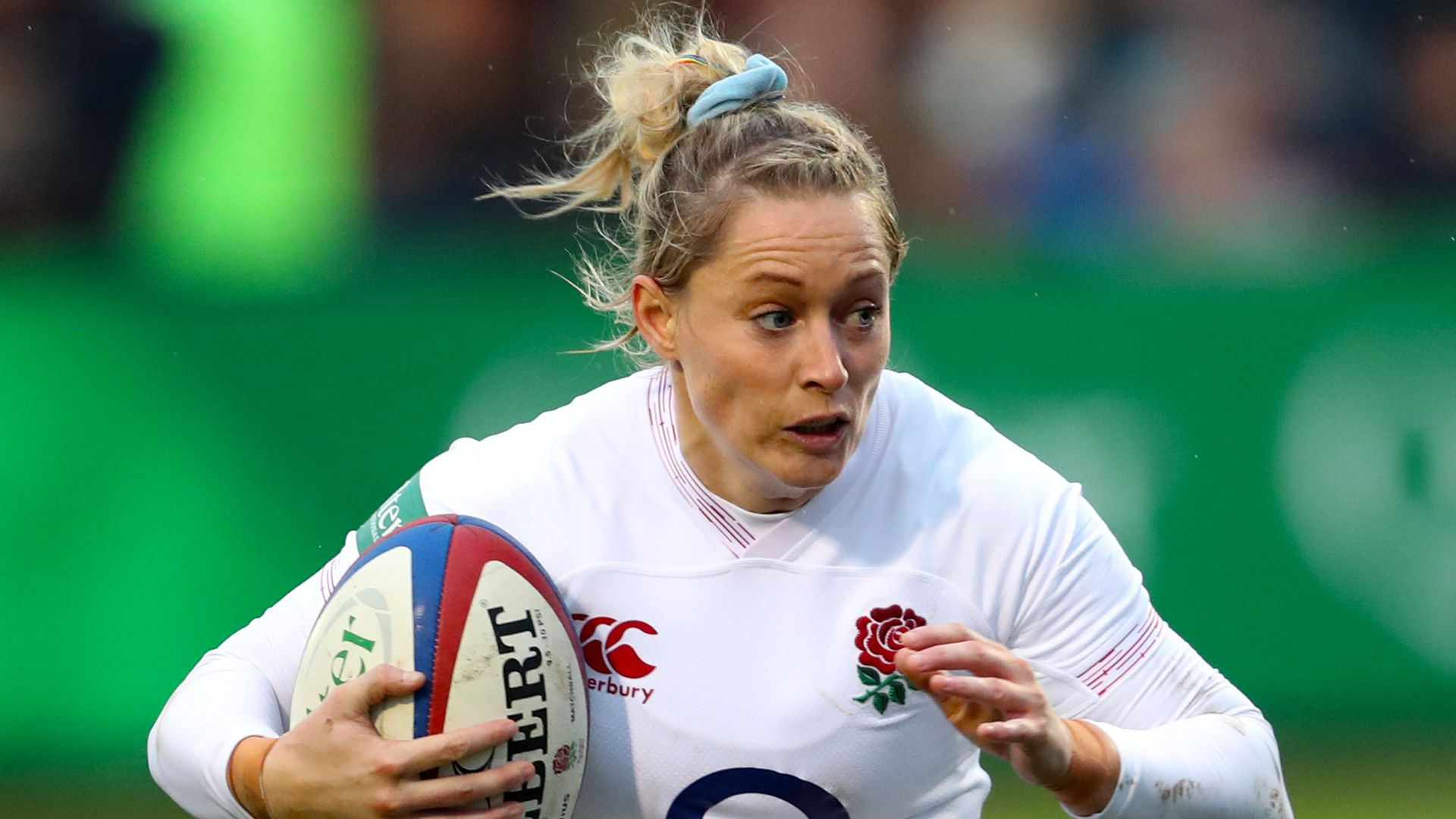 Hunt, Perry in England Women training squad