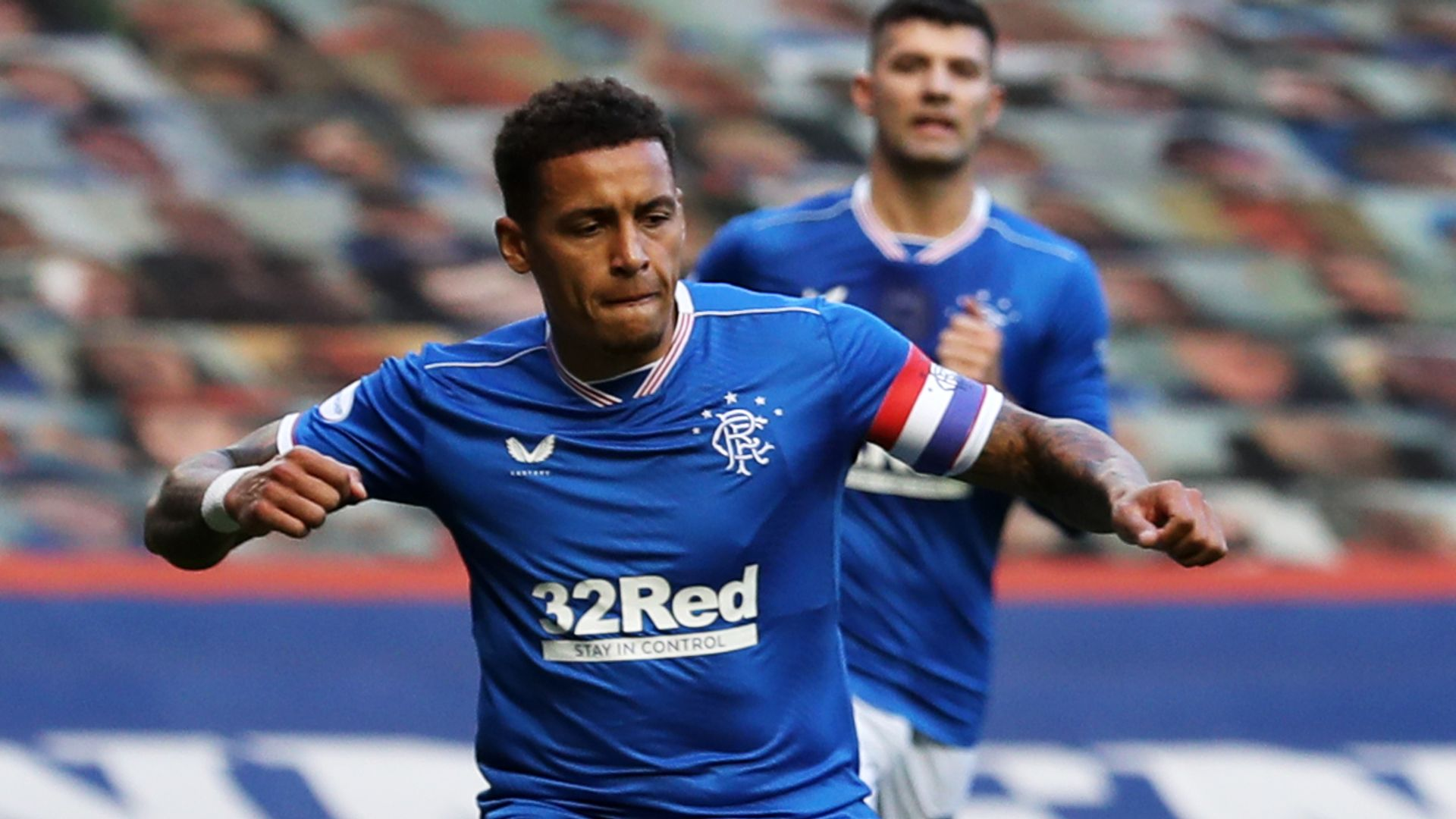 Rangers return to top with win over Ross County