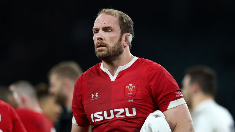 Itoje will be relishing the challenge of Alun Wyn Jones, says England defence coach John Mitchell