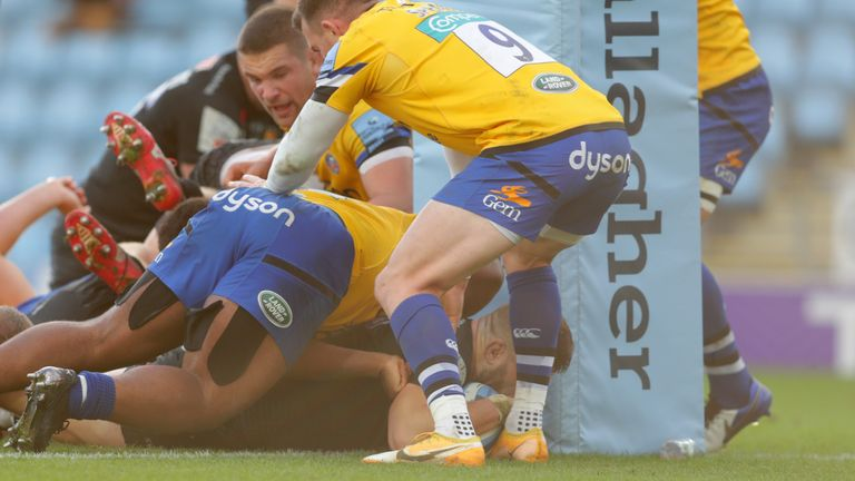 Luke Cowan-Dickie scored Exeter's second try, after just their second entry into the Bath 22