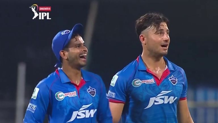 Shreyas Iyer and Marcus Stoinis are all smiles during Delhi Capitals' victory over Rajasthan Royals