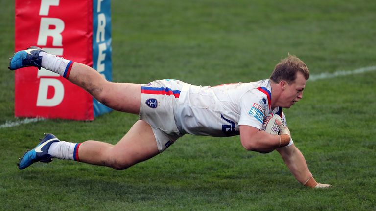 Eddie Battye goes over for a try in Wakefield's win over Hull KR