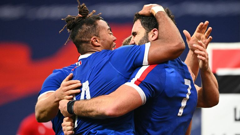 France scored five tries as they swept aside Wales in Paris