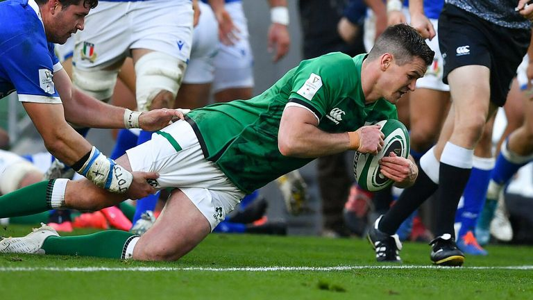 Johnny Sexton scored a try and kicked superbly as Ireland moved to the top of the Six Nations table