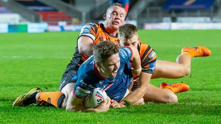 Matt Parcell's try kept Hull KR in the game in the second half