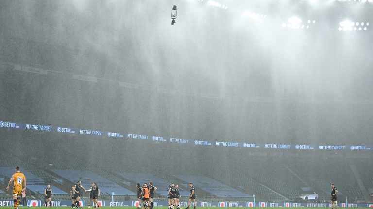 The final was played put in torrential rain at a deserted Twickenham