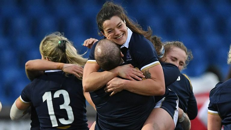 Scotland finish fifth and miss the chance to face Italy and Wales