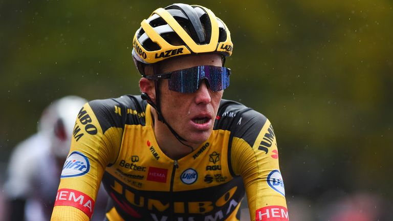 Steven Kruijswijk was one minute and 24 seconds behind the race leader