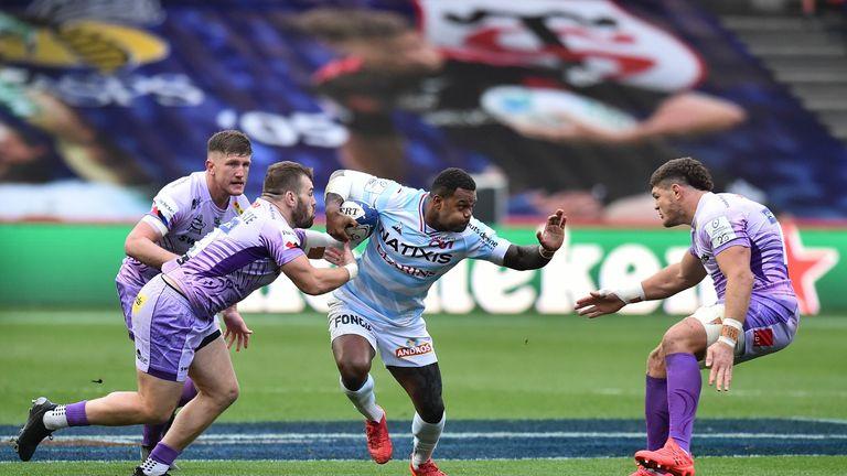 Virimi Vakatawa takes on the Chiefs defence