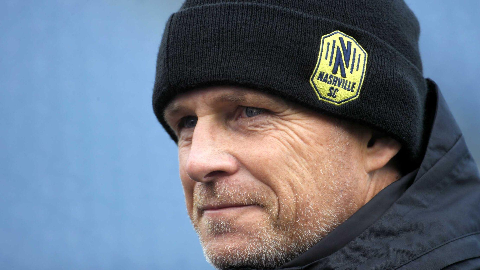 English coach out to stop Beckham's Miami